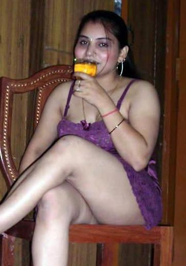 Desi Mallu Aunties – only for aunty lovers